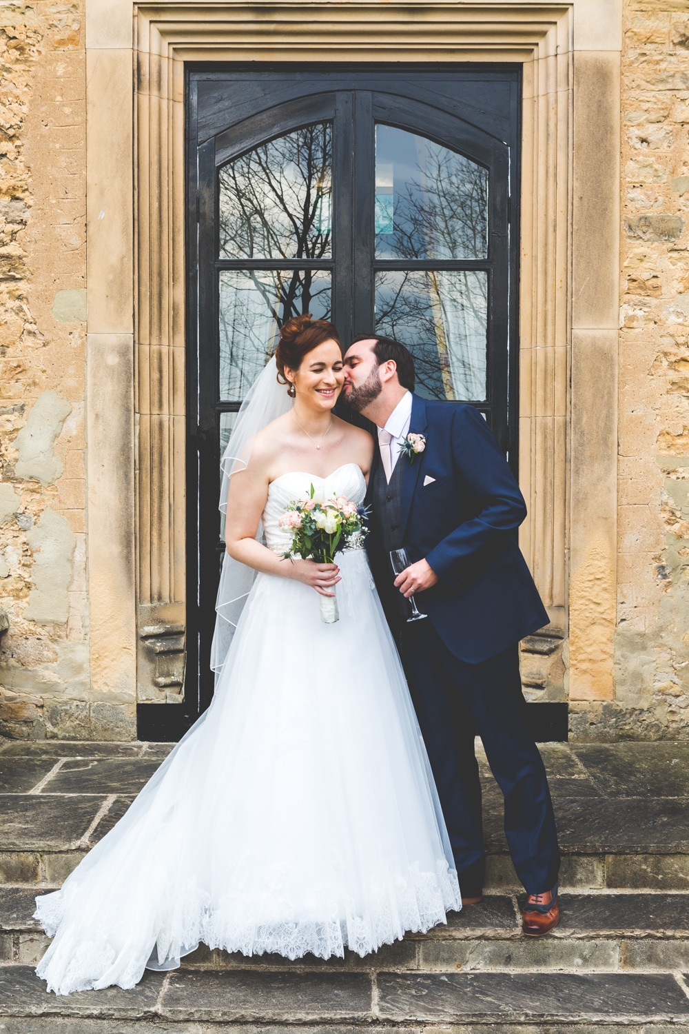 Bride and groom at Walworth Castle... - Wedding photography by Yorkshire photographer, Mat Robinson